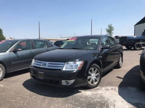 2008 Ford Taurus for sale at BELOW BOOK AUTO SALES in Idaho Falls ID