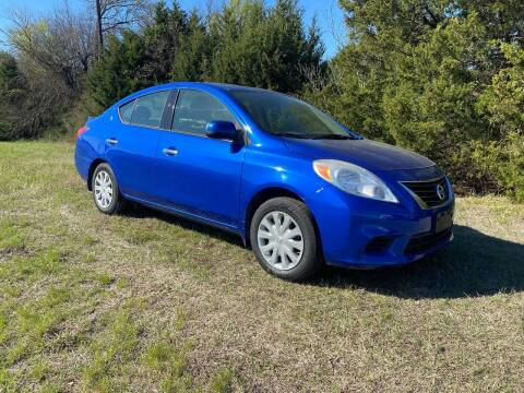 2014 Nissan Versa for sale at CAVENDER MOTORS in Van Alstyne TX