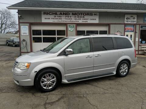2008 Chrysler Town and Country for sale at Richland Motors in Cleveland OH