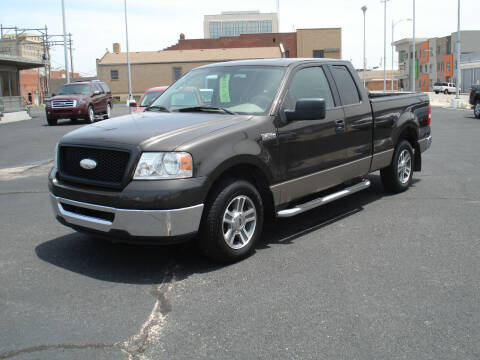 2006 Ford F-150 for sale at Shelton Motor Company in Hutchinson KS