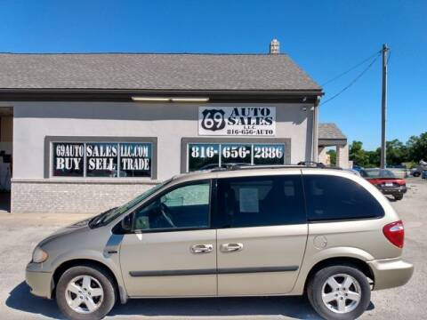 2005 Dodge Caravan for sale at 69 Auto Sales LLC in Excelsior Springs MO