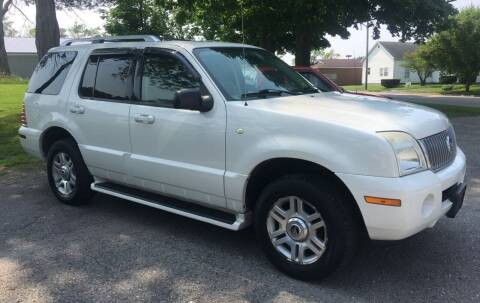 2004 Mercury Mountaineer for sale at Antique Motors in Plymouth IN