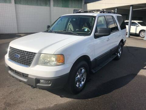 2006 Ford Expedition for sale at Vista Auto Sales in Lakewood WA