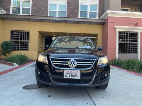 2011 Volkswagen Tiguan for sale at Ronnie Motors LLC in San Jose CA