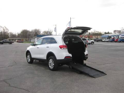 2016 Kia Sorento for sale at McCrocklin Mobility in Middletown IN
