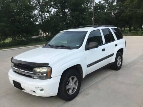 2004 Chevrolet TrailBlazer for sale at Bam Motors in Dallas Center IA