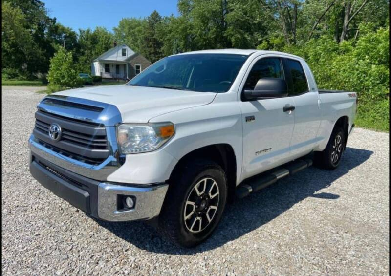 2014 Toyota Tundra for sale at Tiger Auto Sales in Columbus OH