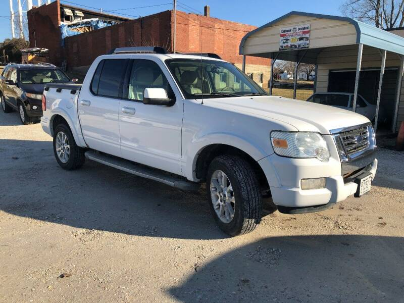 2007 Ford Explorer Sport Trac for sale at J2 WHEELS UNLIMITED in Griggsville IL