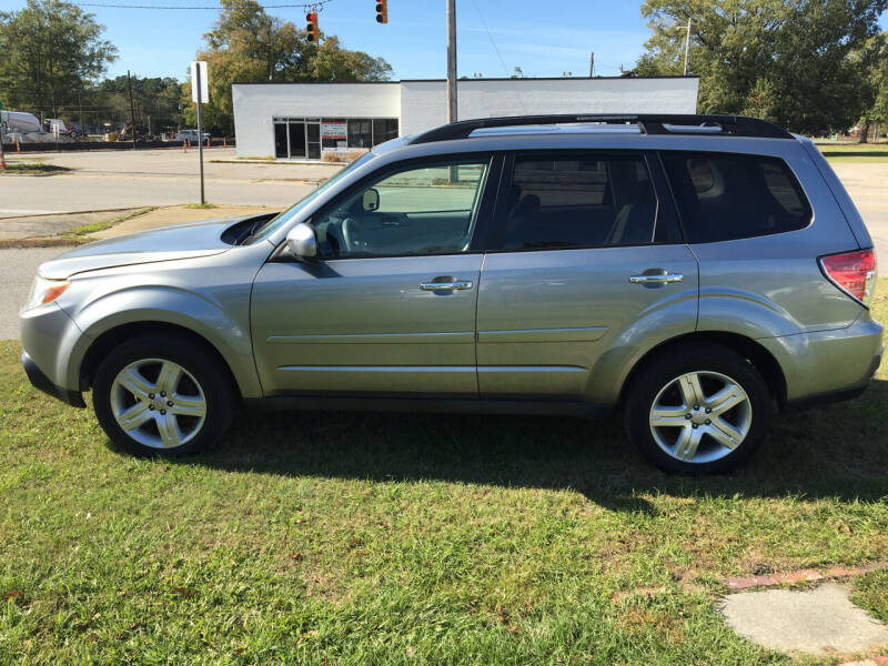 2009 Subaru Forester for sale at LAURINBURG AUTO SALES in Laurinburg NC