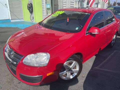 2009 Volkswagen Jetta for sale at American Dream Motors in Everett WA