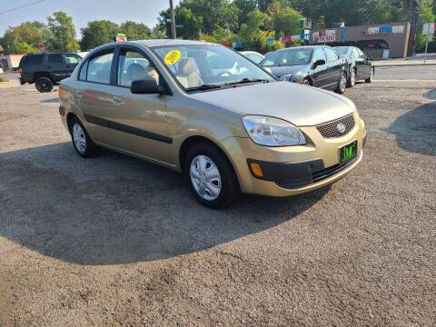 2009 Kia Rio for sale at Johnny's Motor Cars in Toledo OH
