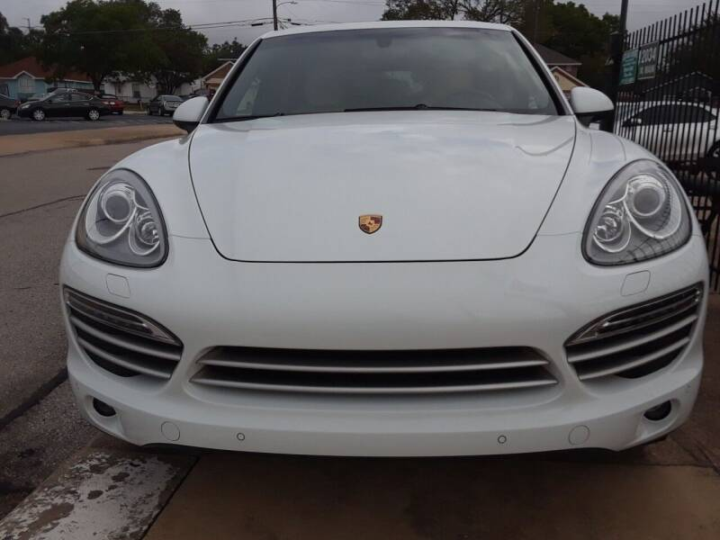 2014 Porsche Cayenne for sale at Auto Haus Imports in Grand Prairie TX