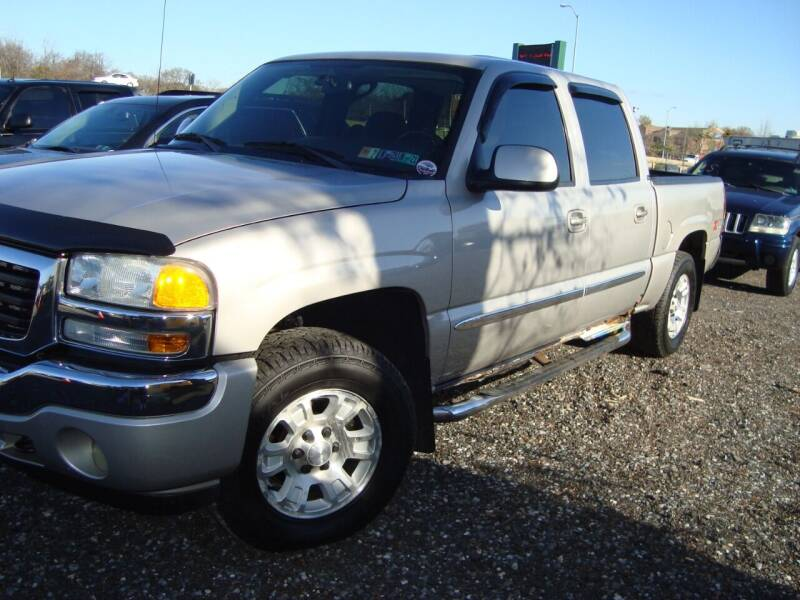 2005 GMC Sierra 1500 for sale at Branch Avenue Auto Auction in Clinton MD