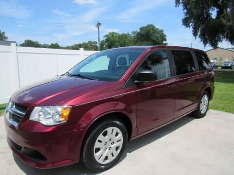 2018 Dodge Grand Caravan for sale at D & R Auto Brokers in Ridgeland SC