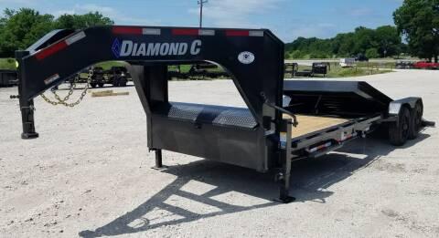 2021 Diamond C GT8224102