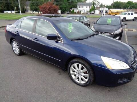2007 Honda Accord for sale at BETTER BUYS AUTO INC in East Windsor CT