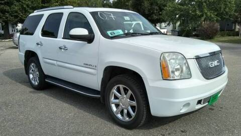 2007 GMC Yukon for sale at Unzen Motors in Milbank SD