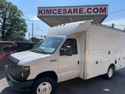 2008 Ford E-Series Chassis for sale at KIM CESARE AUTO SALES in Pen Argyl PA