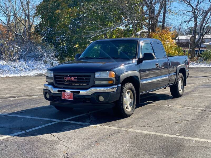2005 GMC Sierra 1500 4dr Extended Cab SLE 4WD SB - Derry NH