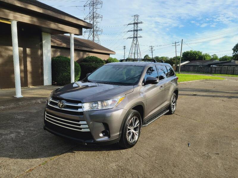 2019 Toyota Highlander for sale at MOTORSPORTS IMPORTS in Houston TX