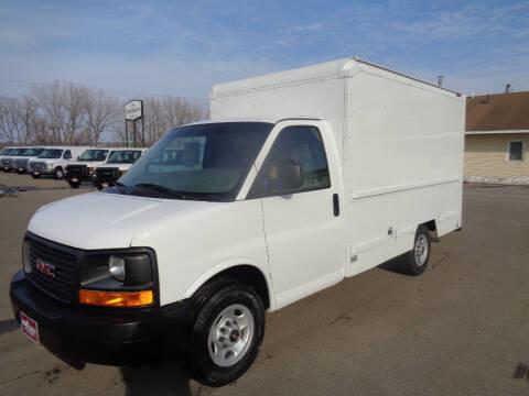 2004 GMC Savana Cutaway for sale at King Cargo Vans INC in Savage MN