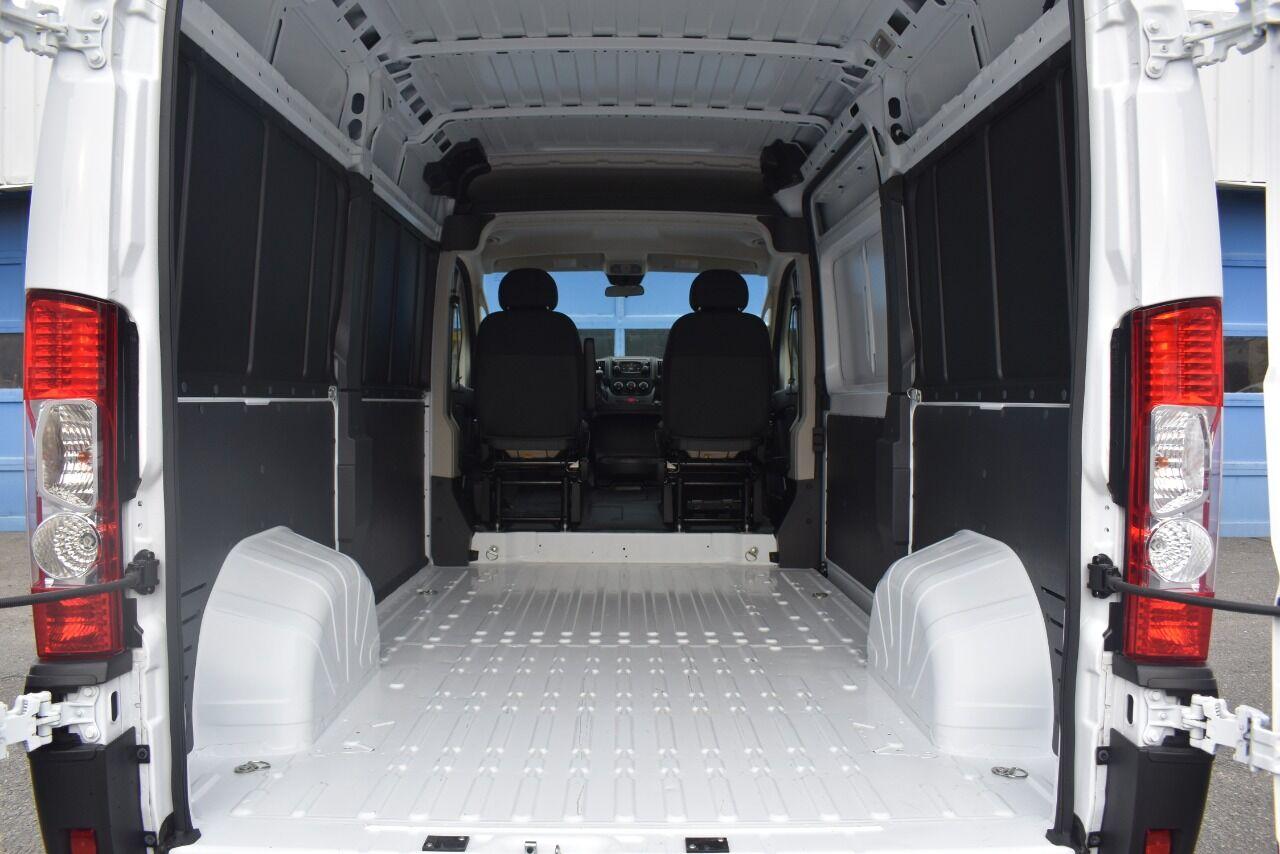 2019 RAM ProMaster Cargo 1500 136 WB 3dr High Roof Cargo Van full