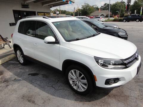 2015 Volkswagen Tiguan for sale at HAPPY TRAILS AUTO SALES LLC in Taylors SC