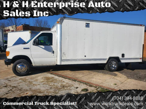 2006 Ford E-Series Chassis for sale at H & H Enterprise Auto Sales Inc in Charlotte NC