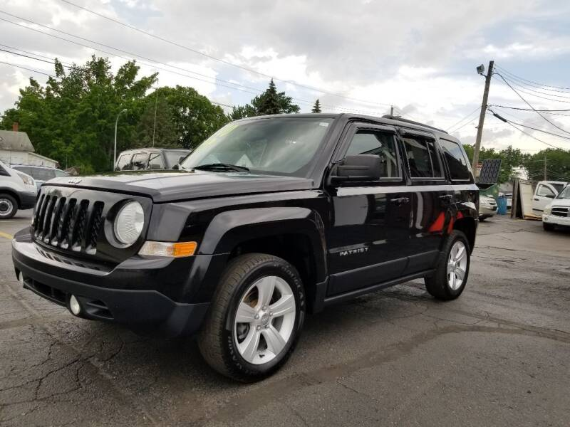 2015 Jeep Patriot for sale at DALE'S AUTO INC in Mount Clemens MI