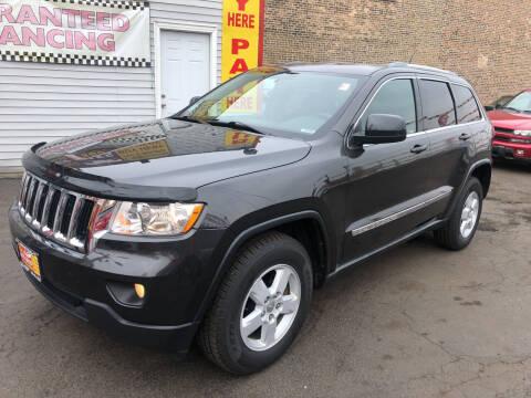 2011 Jeep Grand Cherokee for sale at RON'S AUTO SALES INC in Cicero IL