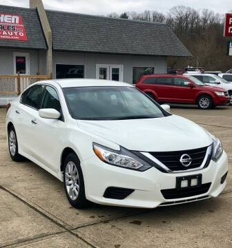 2017 Nissan Altima for sale at Stephen Motor Sales LLC in Caldwell OH