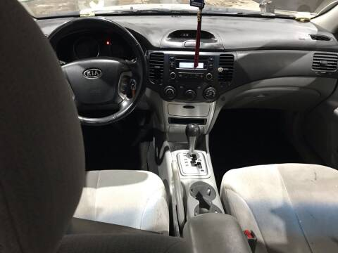 2007 Kia Optima for sale at Square Business Automotive in Milwaukee WI