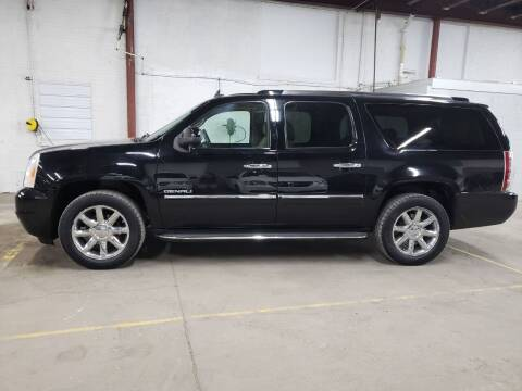2011 GMC Yukon XL for sale at Affordable Mobility Solutions, LLC - Standard Vehicles in Wichita KS