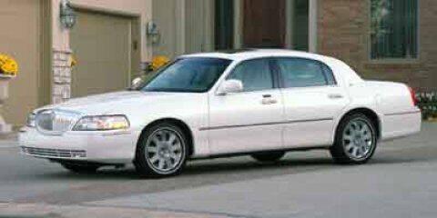 2004 Lincoln Town Car for sale at SCOTT EVANS CHRYSLER DODGE in Carrollton GA