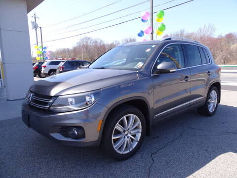 2014 Volkswagen Tiguan for sale at KING RICHARDS AUTO CENTER in East Providence RI