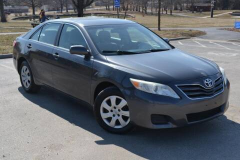 2010 Toyota Camry for sale at GLADSTONE AUTO SALES    GUARANTEED CREDIT APPROVAL in Gladstone MO