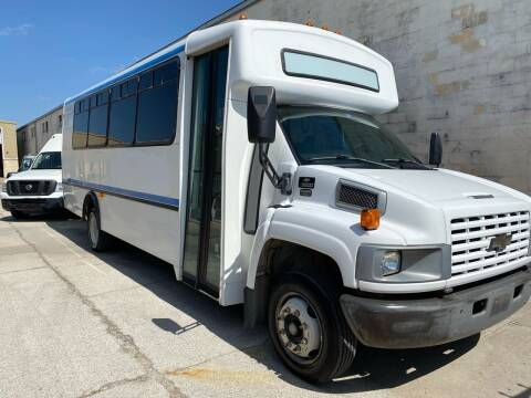 2005 Chevrolet C5500 for sale at CHASE AUTOPLEX in Lancaster TX