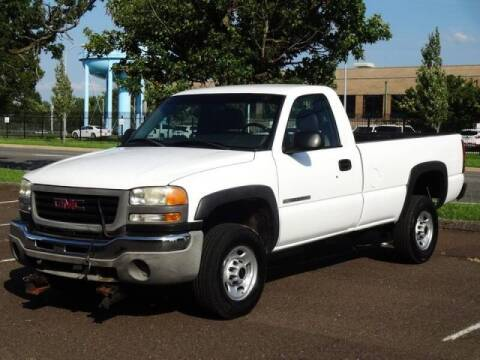 2003 GMC Sierra 2500HD for sale at Professionals Auto Sales in Philadelphia PA