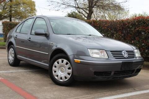 2005 Volkswagen Jetta for sale at DFW Universal Auto in Dallas TX