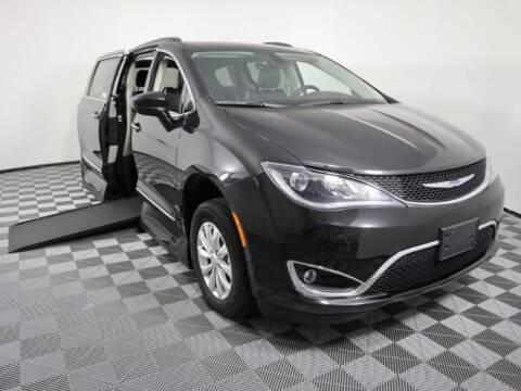 2017 Chrysler Pacifica for sale at AMS Vans in Tucker GA