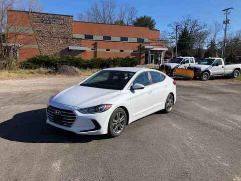 2018 Hyundai Elantra for sale at DILLON LAKE MOTORS LLC in Zanesville OH
