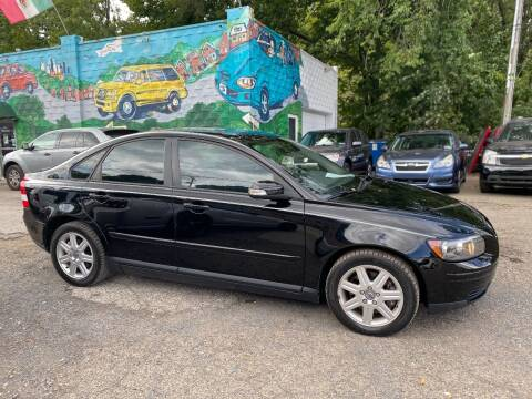 2007 Volvo S40 for sale at Showcase Motors in Pittsburgh PA