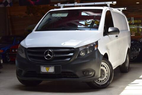 2017 Mercedes-Benz Metris for sale at Chicago Cars US in Summit IL