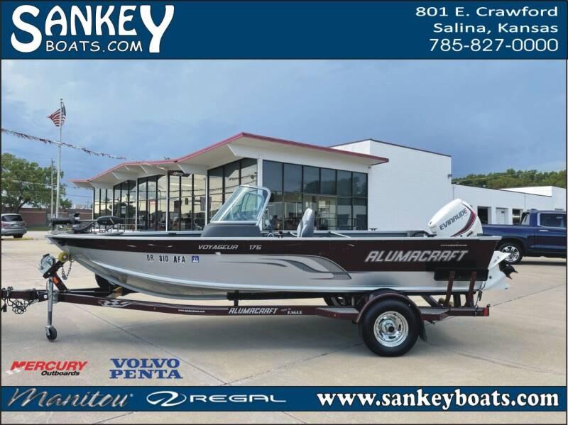 2014 Alumacraft Voyager 175 Sport for sale at SankeyBoats.com in Salina KS