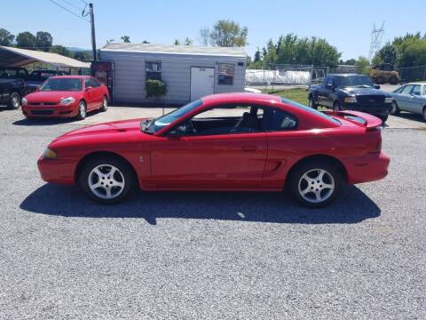 1998 Ford Mustang for sale at CAR-MART AUTO SALES in Maryville TN