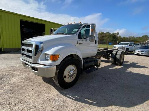 2009 Ford F-750 Super Duty for sale at RODRIGUEZ MOTORS CO. in Houston TX