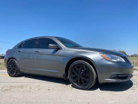 2012 Chrysler 200 for sale at ILUVCHEAPCARS.COM in Tulsa OK