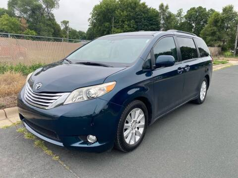 2011 Toyota Sienna for sale at ONG Auto in Farmington MN