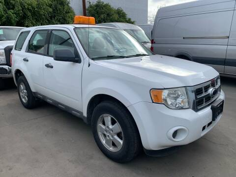 2009 Ford Escape for sale at Best Buy Quality Cars in Bellflower CA