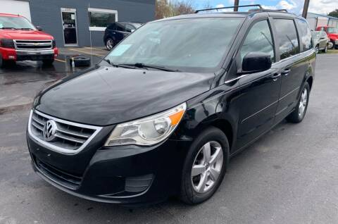 2011 Volkswagen Routan for sale at Eagle Auto LLC in Green Bay WI
